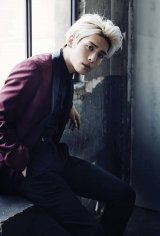 "SHINee's Jonghyun Announces Self-Composed Solo Album ""Story Op.1"""