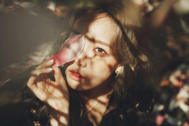 "Girls' Generation's Taeyeon Teases Debut Mini Album ""I"""