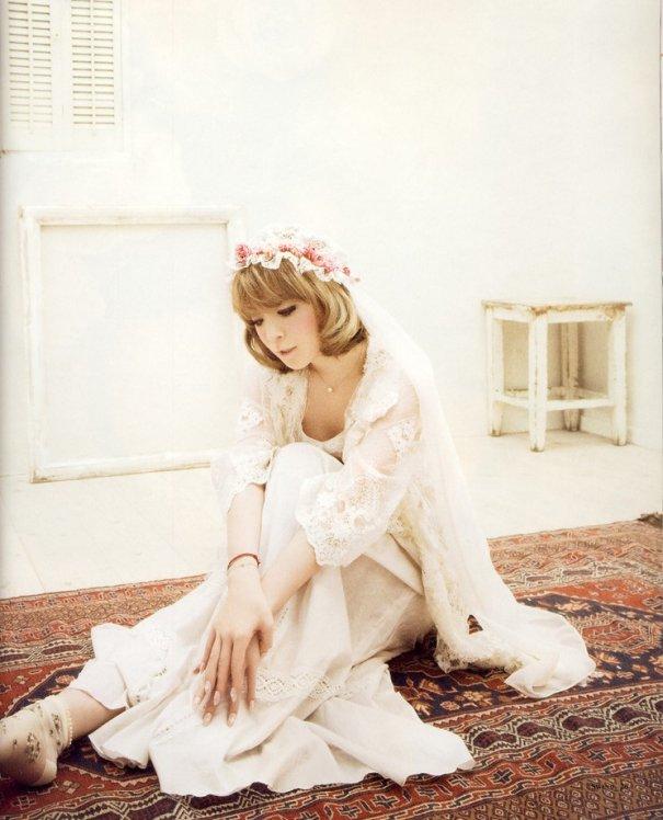 Ayumi Hamasaki's Tweet Sparks Divorce Rumors