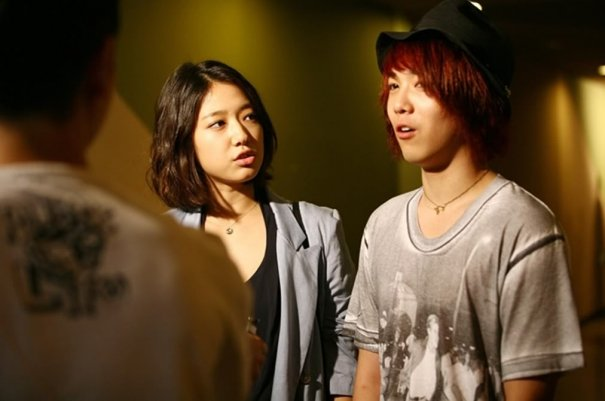 Lee Hong Ki to Launch First Solo Album; Features Park Shin Hye in Upcoming MV