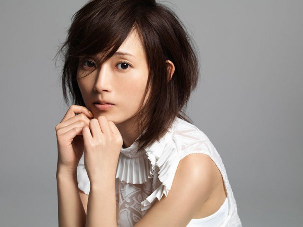 Former Morning Musume Member Natsumi Abe And Actor Ikusaburo Yamazaki Officially Married