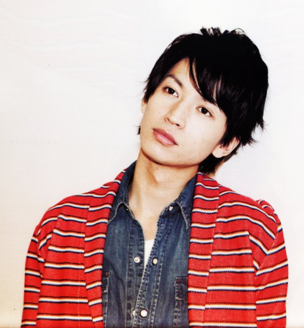 [Jpop] Kanjani8's Tadayoshi Okura Suspends Activities Due To Intestinal Obstruction