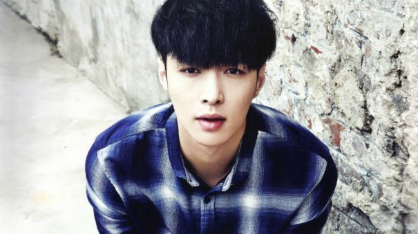 EXO's Lay Hospitalized After Motorcycle Accident