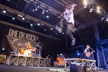 [Jrock] [Exclusive] ONE OK ROCK Concludes Tour with Stunning Live in Singapore