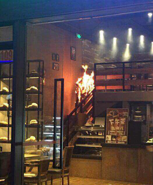 [Cpop] SNH48's Tang Anqi Engulfed In Flames, Hospitalized With Severe Burns