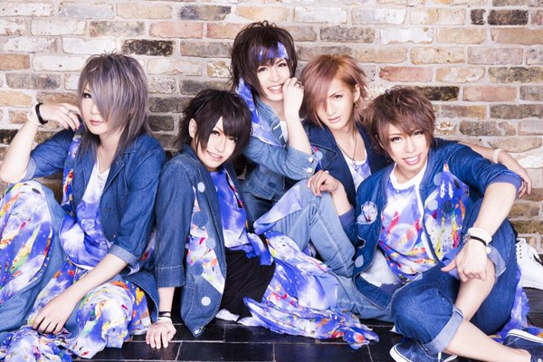 Anfiel Announces Two New Singles for Summer