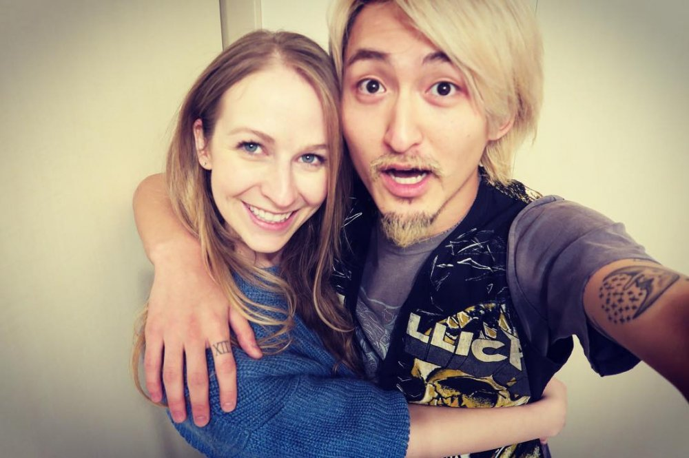 Avril Lavigne Confirms Sister Married ONE OK ROCK's Ryota
