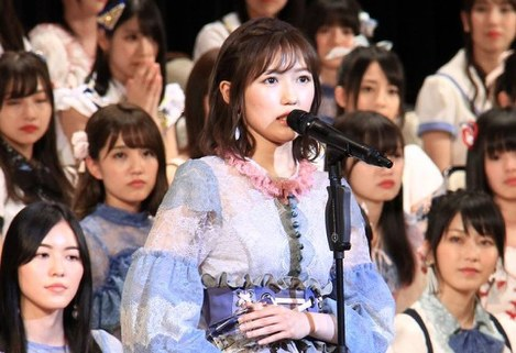 Mayu Watanabe Announces Graduation From AKB48