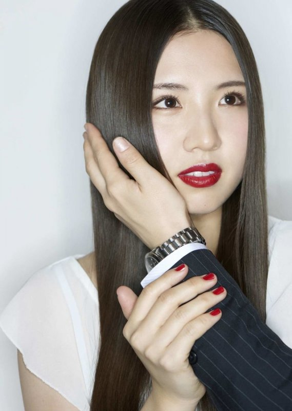 Mao Abe Announces New Album