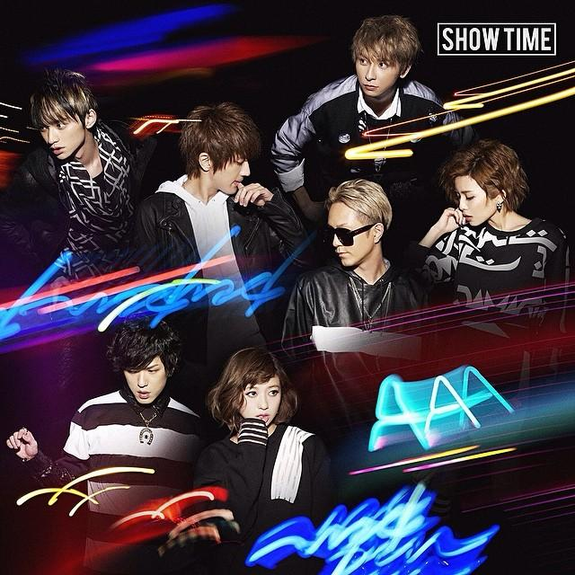 Single SHOW TIME by AAA