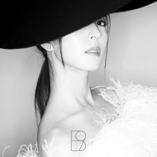 Album WOMAN by BoA
