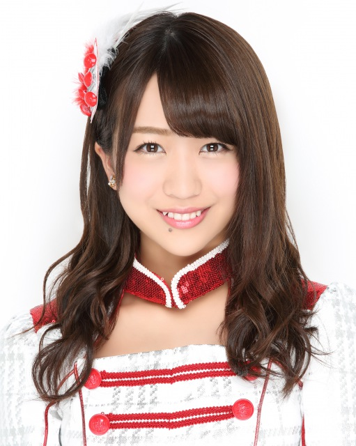 AKB48's Ayana Shinozaki Diagnosed With Graves' Disease, Suspends Live Activities