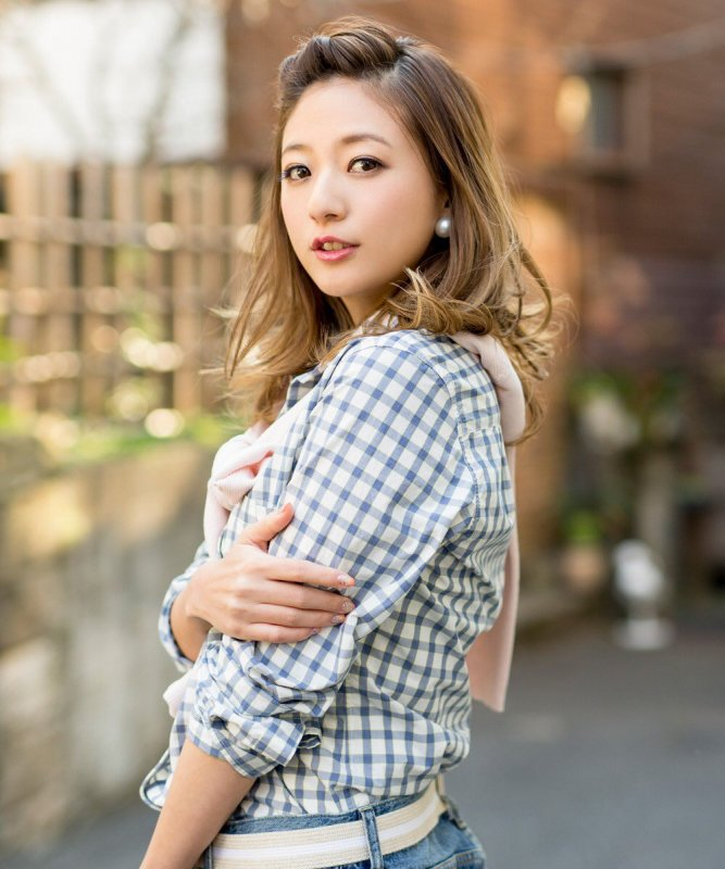 [Jpop] AAA's Chiaki Ito To Continue Entertainment Activities After Giving Birth