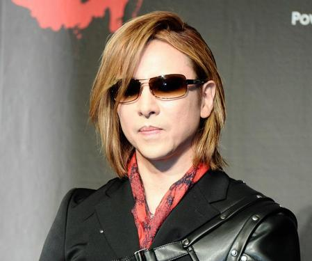 [Jpop] Yoshiki Passes Out Amid Intense European Schedule