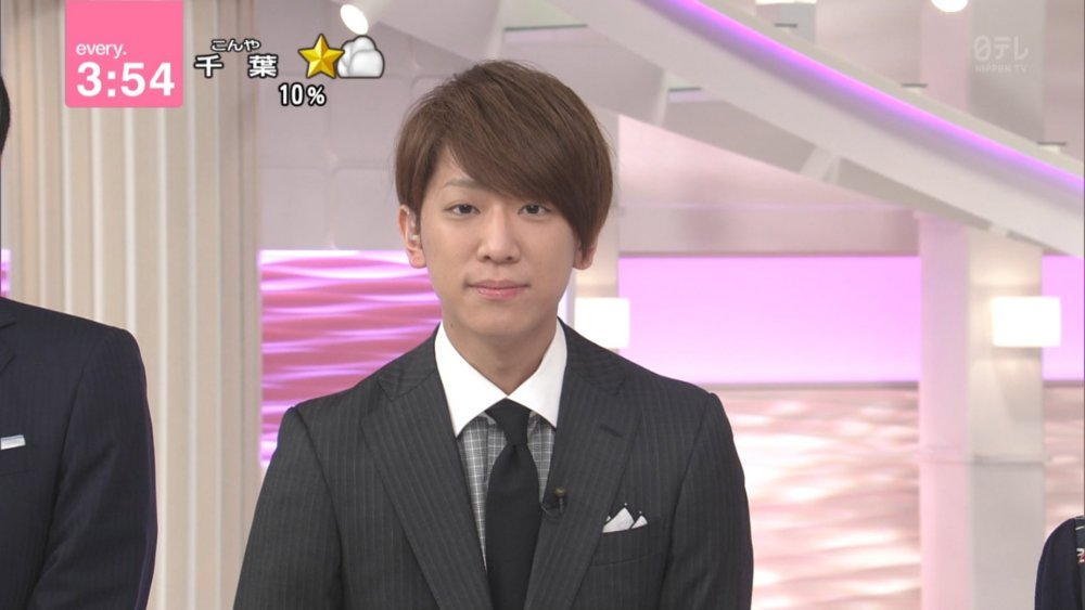 [Jpop] NEWS Member Keiichiro Koyama Suspends Activities Following Underage Drinking Scandal