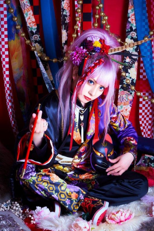 [Jrock] ACME's CHISA will Model at Anime Expo