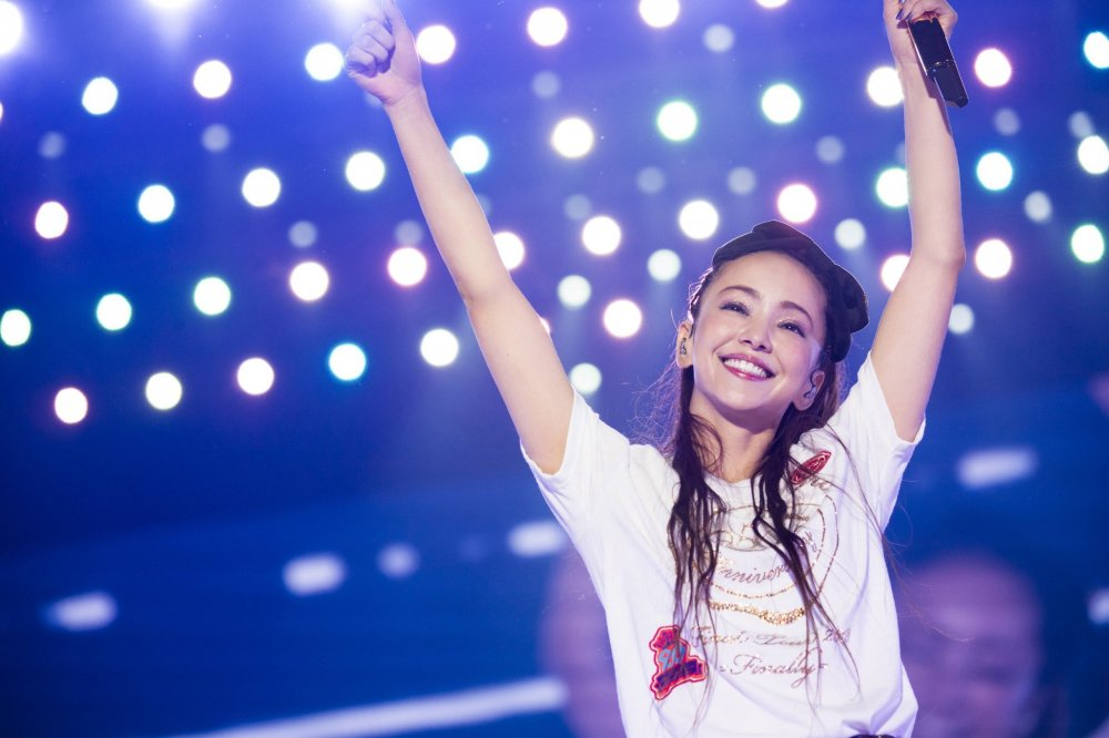 [Jpop] Namie Amuro Sets Record With Fastest Million Selling DVD & Blu-Ray Release