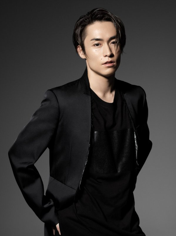 EXILE's TETSUYA Marries Non-Celebrity Woman + Expecting First Child